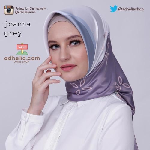 Kerudung / Hijab Segi Empat Satin Motif Zoya Scarf - JOANNA-GREY
